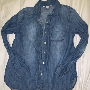 Old Navy Tops - Old navy button jean shirt